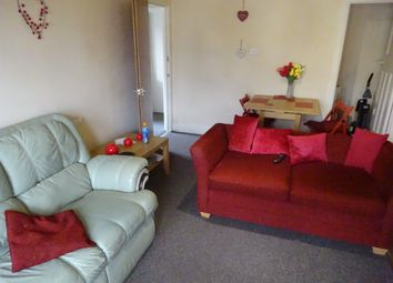 Thumbnail 3 bed flat to rent in Town Street, Horsforth, Leeds