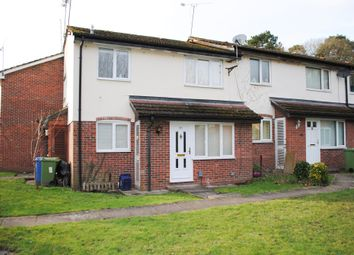 1 bed terraced house to rent in Kingfisher Close, Farnborough GU14