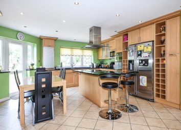 Thumbnail 6 bed detached house to rent in Pangbourne Drive, Stanmore