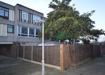 Thumbnail 4 bedroom town house for sale in Hartslock Drive, London