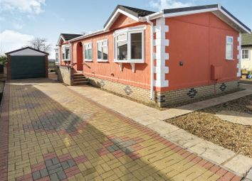 Thumbnail 3 bed mobile/park home for sale in Pine Hill Park, Sawtry Way, Wyton, Huntingdon