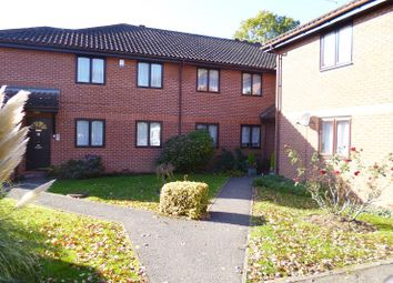 Thumbnail 2 bed flat to rent in Silvertrees, Bricket Wood, St.Albans