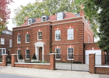 Thumbnail 6 bed property for sale in Acacia Road, London