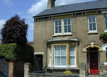 Thumbnail 2 bed flat to rent in Waterloo Road, Bedford