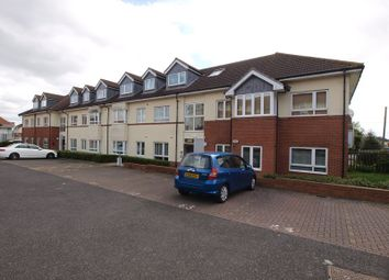 Thumbnail 2 bed property to rent in Oak Road South, Benfleet
