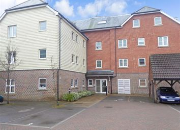 Thumbnail 2 bed flat for sale in Broadacre Place, Fareham, Hampshire