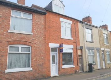 Thumbnail 5 bedroom terraced house to rent in Beaumanor Road, Leicester