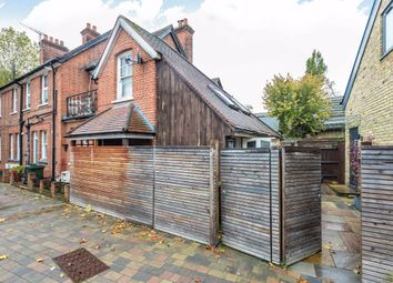 2 bed property for sale in Station Road, Hampton TW12