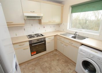 Thumbnail 2 bedroom flat to rent in Cuffley Court, Woodhall Farm, Hemel Hempstead