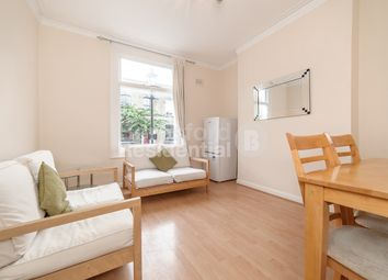 Thumbnail 3 bed flat to rent in Fielding Street, London