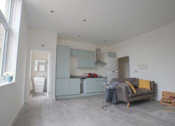 2 bed flat to rent in Drum Lane, Ashford TN23