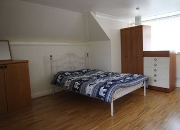 Thumbnail Room to rent in Hunts Pond Road, Park Gate, Southampton