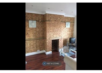Thumbnail 1 bed flat to rent in Chigwell, Essex