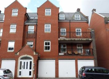 Thumbnail 2 bedroom flat for sale in Lynmouth Road, Swindon