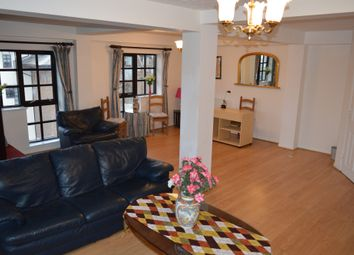 3 bed flat to rent in Rope Street, London SE16