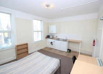 Thumbnail Room to rent in Stanley Road, Oxford