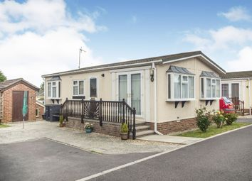 2 bed mobile/park home for sale in High Street, Durrington, Salisbury SP4