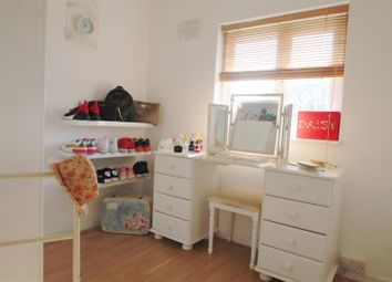 3 bed property to rent in Ridgacre Lane, Quinton, Birmingham B32