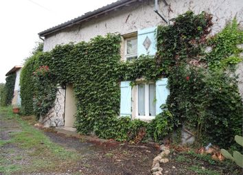 Thumbnail 2 bed property for sale in Poitou-Charentes, Vienne, Saint Chartres