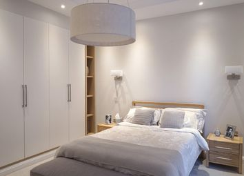 Thumbnail 1 bed flat for sale in Oakwood Court, Holland Park