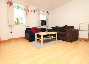 Thumbnail 3 bedroom flat to rent in Liverpool Road, Islington