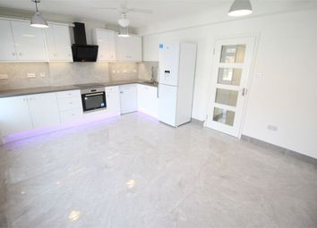 Thumbnail Flat to rent in Hale Lane, Edgware, Middlesex