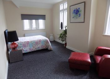 Thumbnail Room to rent in Stourbridge Road, Brierley Hill, Brierley Hill