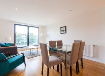 3 bed flat to rent in Axio Way, Bow, London E3