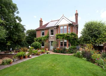 Thumbnail 4 bed detached house for sale in Mountbatten Close, Newbury