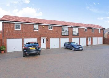 Thumbnail 2 bed flat to rent in Bracknell, Berkshire