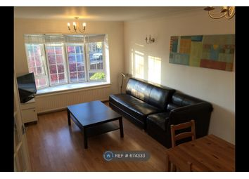 2 bed flat to rent in Gregory Court, Nottingham NG7