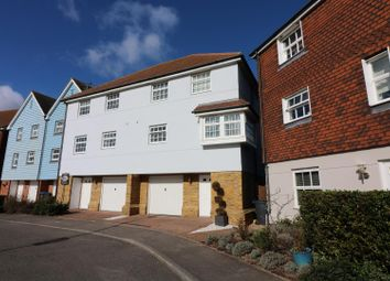 4 bed semi-detached house for sale in Bridge Close, Sandwich CT13