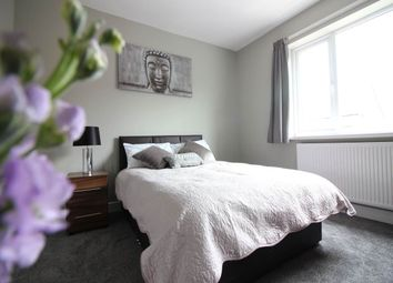Thumbnail Room to rent in St Annes, Belle Vue, Doncaster
