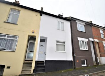3 bed property to rent in Herbert Road, Chatham ME4