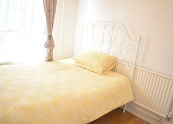 Thumbnail Room to rent in Willis House, Hale Street