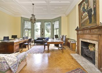 Thumbnail 3 bedroom flat for sale in Airlie Gardens, London