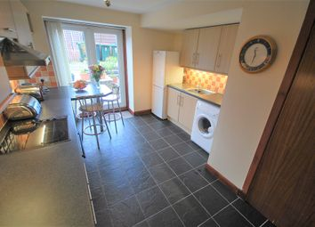 Thumbnail 2 bedroom flat for sale in King Street, Crieff