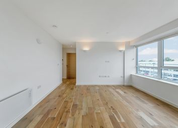 1 bed flat to rent in Dolphin House, Sunbury On Thames TW16