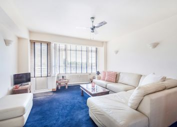 Thumbnail 2 bed flat to rent in Cremorne Estate, London
