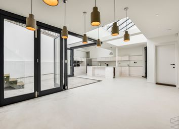 Thumbnail 3 bed town house to rent in Rudall Crescent, London
