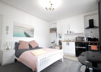 Thumbnail Studio to rent in Upper North Street, Brighton