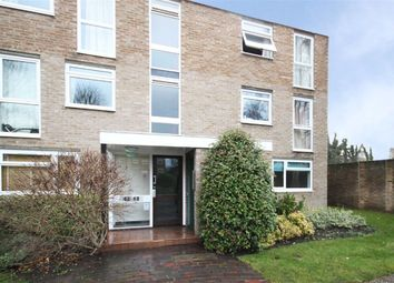 Thumbnail 1 bedroom flat to rent in Harrowdene Gardens, Teddington