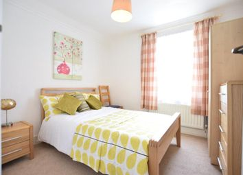 Thumbnail 1 bed property to rent in Kensington Road, Reading