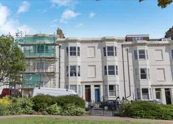 Thumbnail 3 bed flat for sale in Clarence Square, Brighton