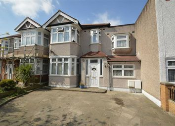 Thumbnail 5 bedroom property to rent in Mighell Avenue, Ilford, Essex