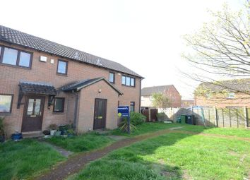 Thumbnail 1 bedroom flat to rent in Porlock Place, Calcot, Reading