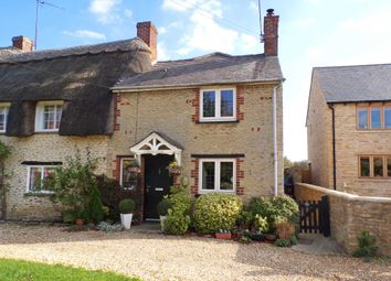 Thumbnail 2 bed cottage for sale in Main Street, Fringford, Bicester
