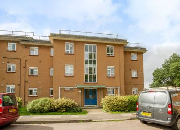 Thumbnail 2 bed property to rent in Burnbrae Close, North Finchley