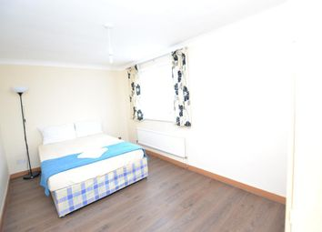 Room to rent in Crofts Street, London E1