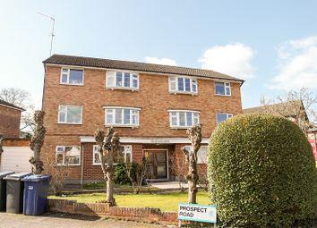 2 bed property for sale in Woodville Road, New Barnet, Barnet EN5